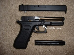 Foto bongkar cm-030 CYMA airsoft pistol