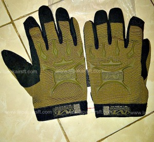 glove m-pack tan