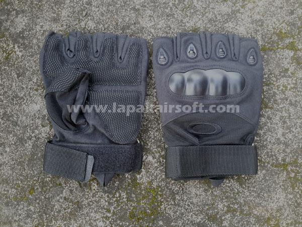 Glove Oakley black half finger