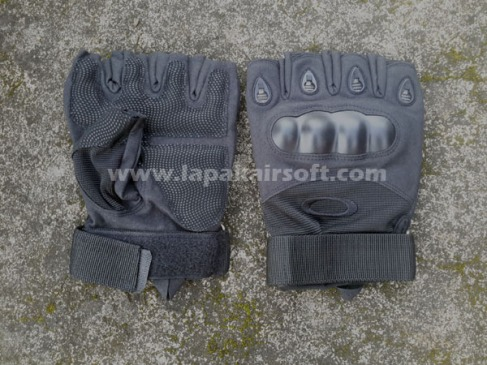 Glove Oakley black half finger