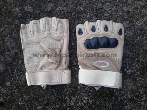 Glove Oakley Tan half finger