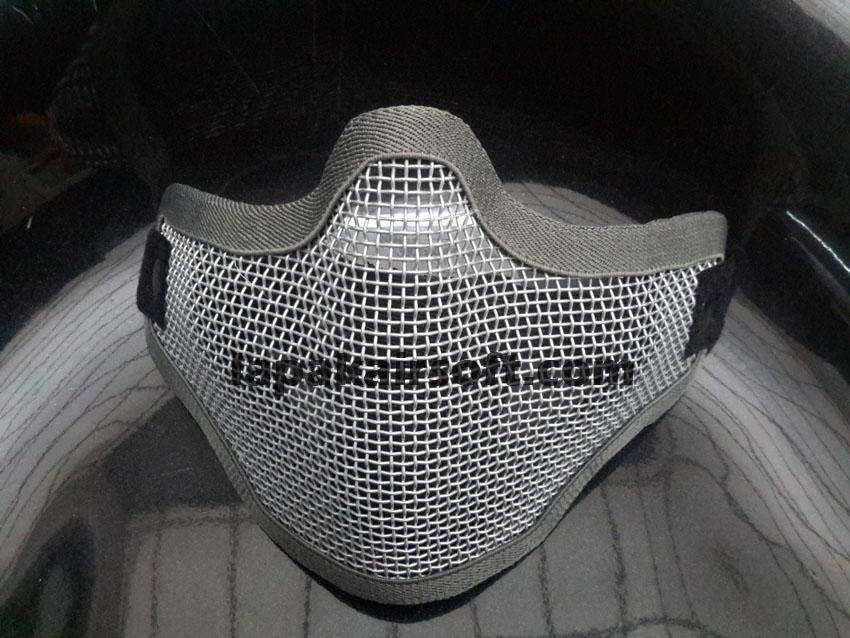 Masker jaring kecil silver